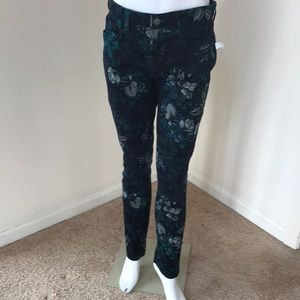 NWT! Gap  size 4R dark green Printed skinny pants